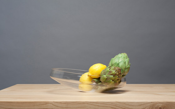 Flat O | Glasbowl by Edition Nikolas Kerl | Bowls