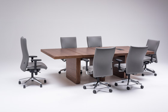 Massive by ERSA | Conference tables