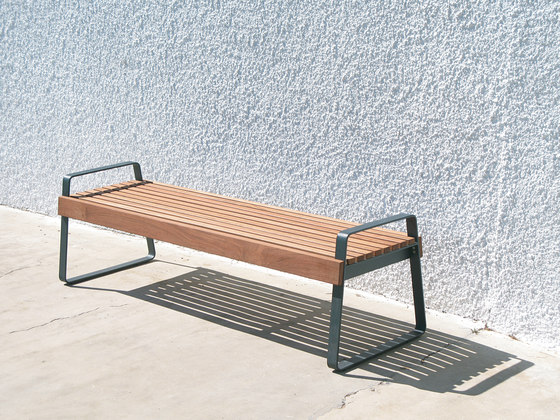 preva urbana Park bench by mmcité | Exterior benches