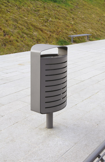lena | Litter bin with cover by mmcité | Exterior bins