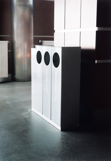 crystal Litter bin by mmcité | Exterior bins