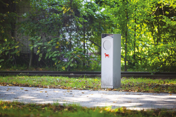 crystal | Special litter bin for dog excrements by mmcité | Exterior bins
