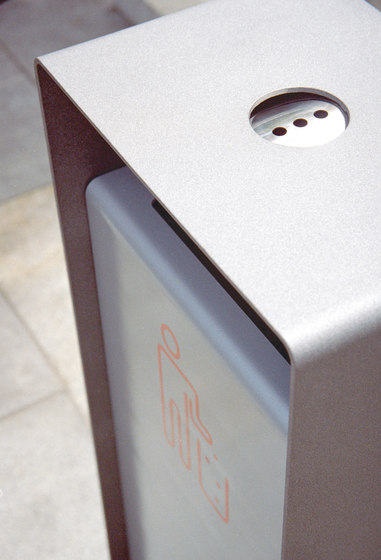 radium Litter bin by mmcité | Exterior bins