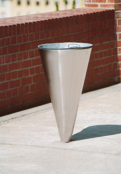 cornet Litter bin by mmcité | Exterior bins