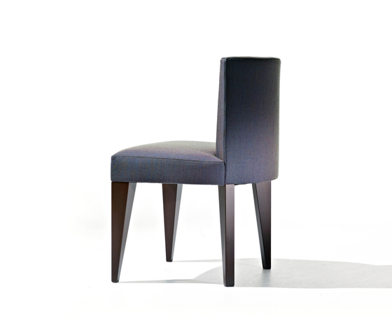 New H 01 by Very Wood | Restaurant chairs