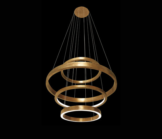 light ring medium pendelleuchten von henge architonic. Black Bedroom Furniture Sets. Home Design Ideas