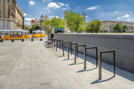 lotlimit | Bicycle stand by mmcité | Bicycle stands