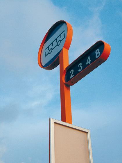 oz Bus stop post di mmcité | Sistemi informativi / pubblicitari