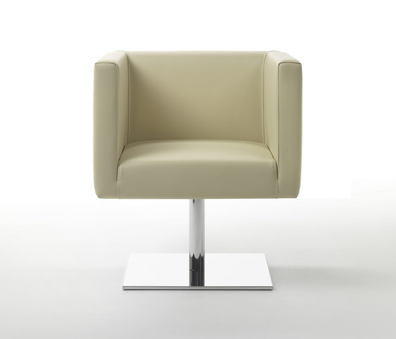Ascot Mini Armchair by Giulio Marelli | Lounge chairs