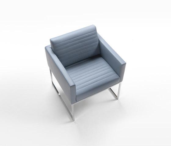 Cubic Mini Armchair by Giulio Marelli | Visitors chairs / Side chairs