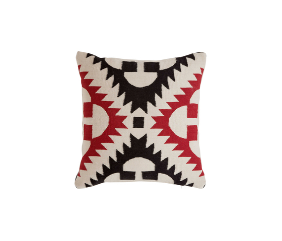 Cojin 2.2* by GANDIABLASCO | Cushions