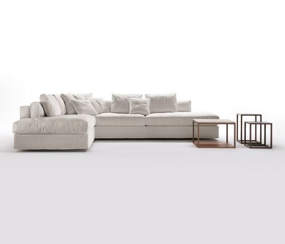 Davos Sofa by Giulio Marelli | Modular seating systems