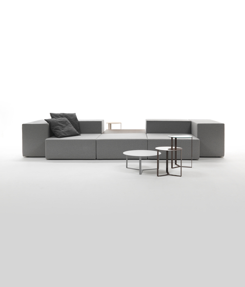 Lounge Sofa by Giulio Marelli | Modular seating systems