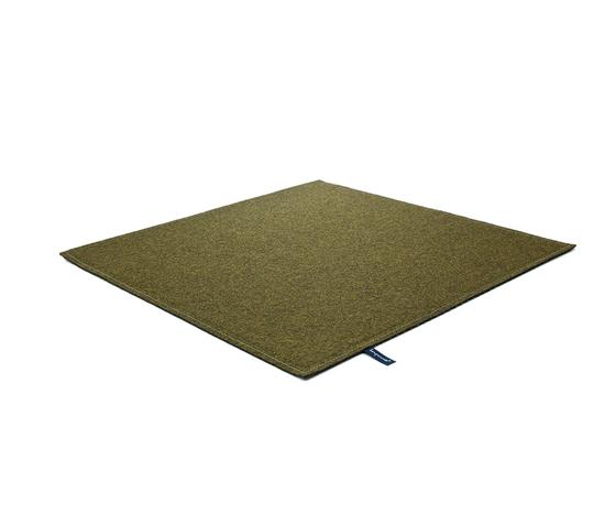 Fabric [Flat] Felt olive grey von kymo | Formatteppiche / Designerteppiche