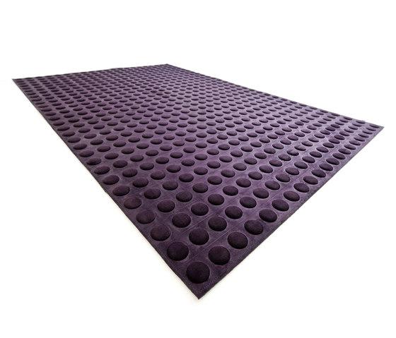 Fabric Flat Superdots lilac di kymo | Tappeti / Tappeti d'autore
