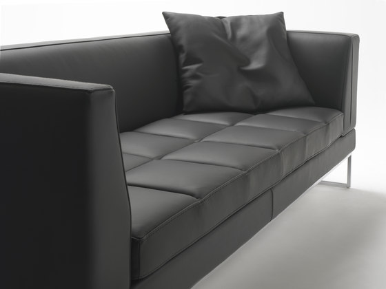 Madison XL Sofa by Giulio Marelli | Lounge sofas