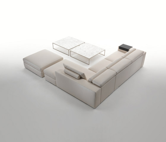 Richmond Sofa by Giulio Marelli | Modular seating systems