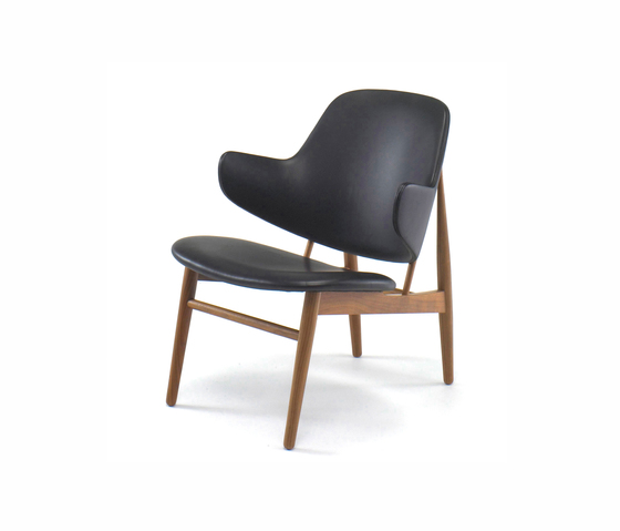 IL-10 Easy Chair by Kitani Japan Inc. | Lounge chairs