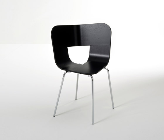 Tria Metal Chair by Colé | Restaurant chairs
