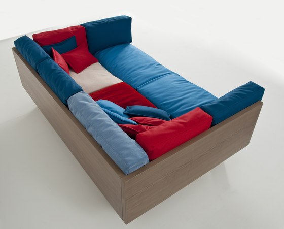 Ottoman Sofa XL * by Colé | Sofas