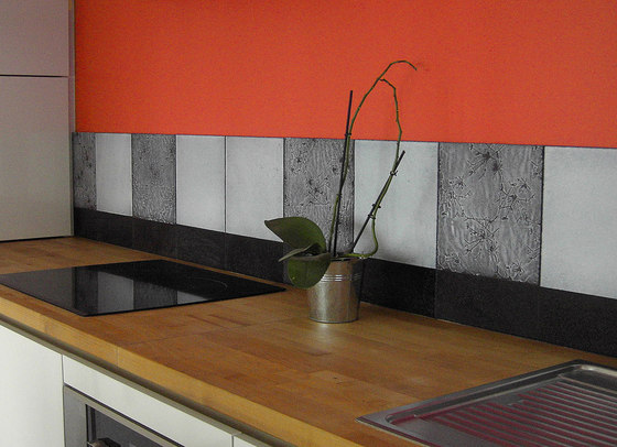 Kitchen Nantes (France) by Ulrike Weiss | Natural stone wall tiles