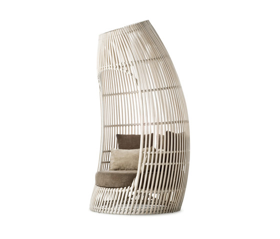 Lolah Seating Capsule by Kenneth Cobonpue | Seating islands