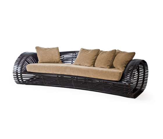 Lolah Sofa de Kenneth Cobonpue | Sofás de jardín