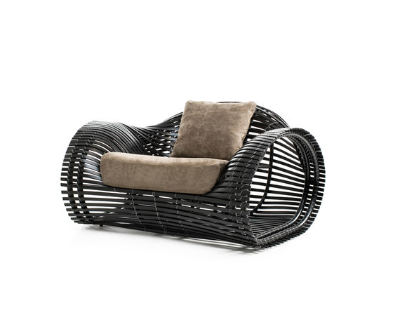 Lolah Easy Armchair by Kenneth Cobonpue | Garden armchairs
