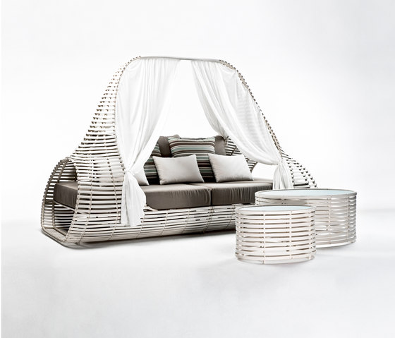 Lolah Daybed by Kenneth Cobonpue | Seating islands