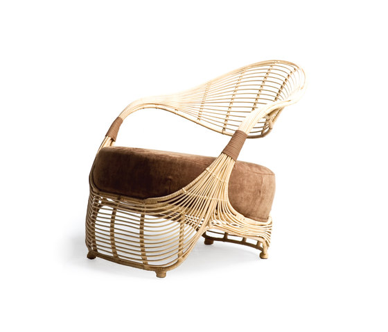 Manolo Easy Chair* by Kenneth Cobonpue | Garden armchairs