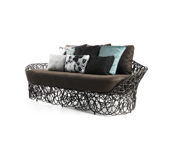 Noodle Sofa* by Kenneth Cobonpue | Garden sofas