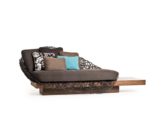 Noodle Loveseat with Platform* by Kenneth Cobonpue | Lounge sofas
