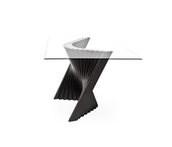 Wave End Table by Kenneth Cobonpue | Side tables