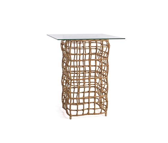 Yin & Yang End Table Tall* de Kenneth Cobonpue | Tables d'appoint de jardin