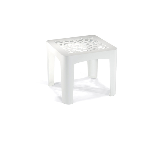 Coral Single by LAB23 | Garden stools