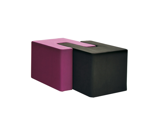 Twin by DVO | Poufs