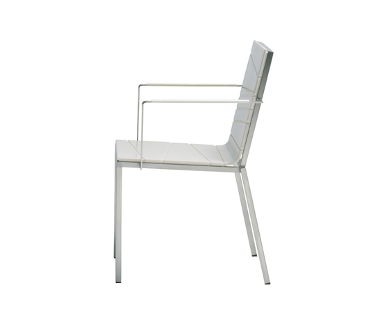 Bandoline Chair with Armrest by Viteo | Garden chairs