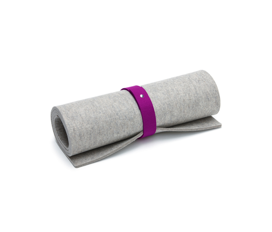 Yoga mat with ribbon for transportation by HEY-SIGN