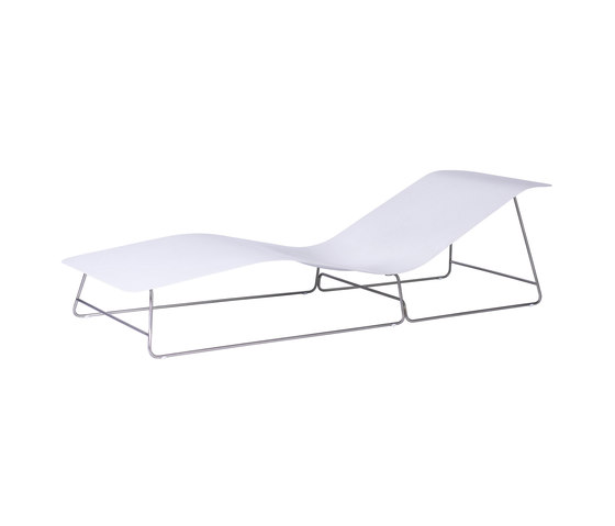 Slim Sunlounger by Viteo | Sun loungers