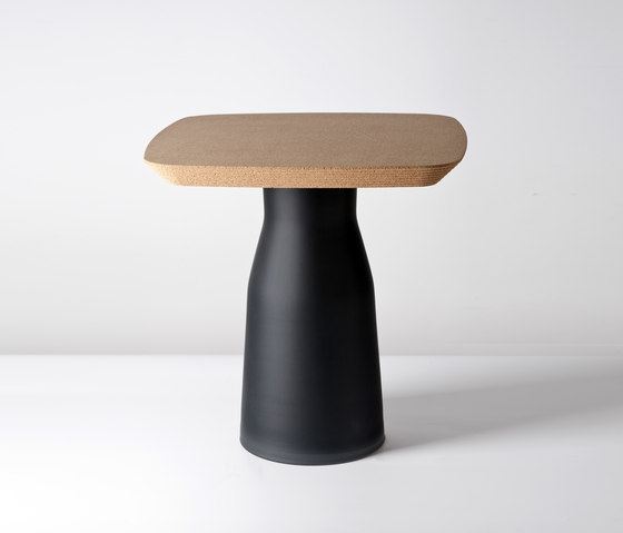 Plug Side Table di PCM Design | Tavolini di servizio