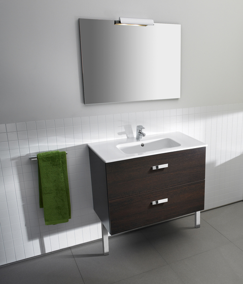 Victoria basic unik base unit and basin vanity units for Mueble unik victoria