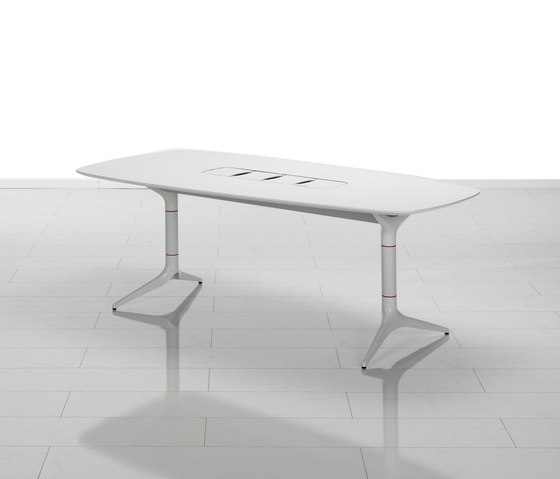 EFG HideTech by EFG | Conference tables