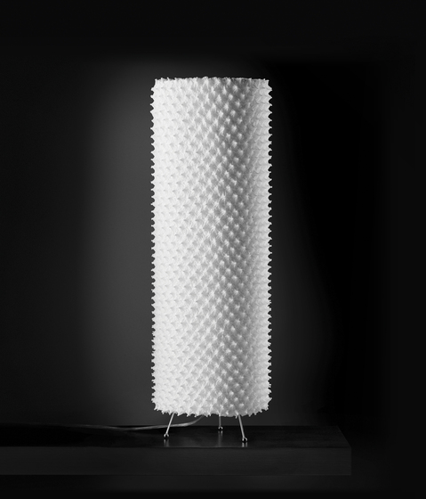 Kukuru Table lamp 60 di Suzusan | Illuminazione generale