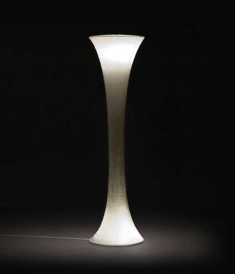 Toki Floor lamp 120 von Suzusan | Allgemeinbeleuchtung