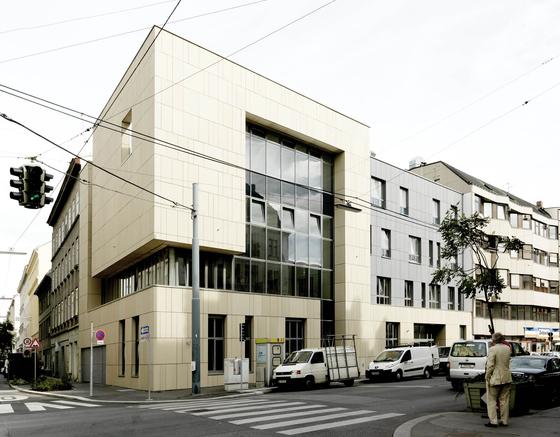Buddhistic Center Vienna by Rieder | Facade design