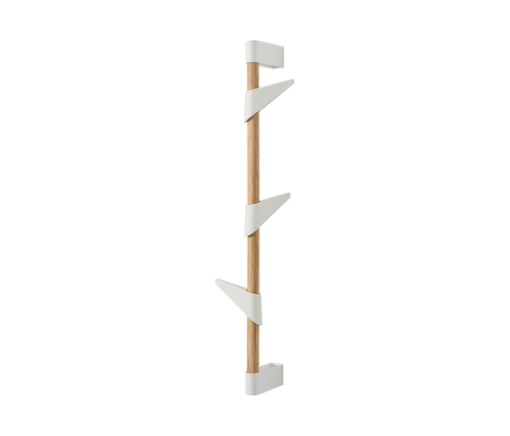 Bamboo Wall 3 wall coat rack by Cascando | Built-in wardrobes