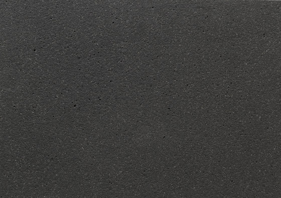öko skin | FE ferro liquid black by Rieder | Concrete panels