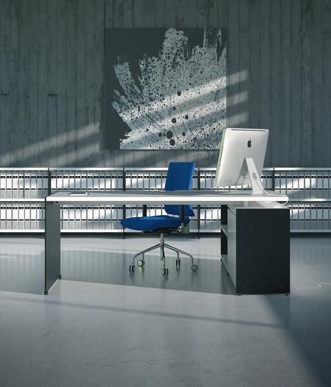 Aspen 203+147+145 by AG Land | Individual desks