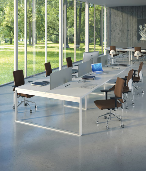 Aspen bench by AG Land | Desking systems