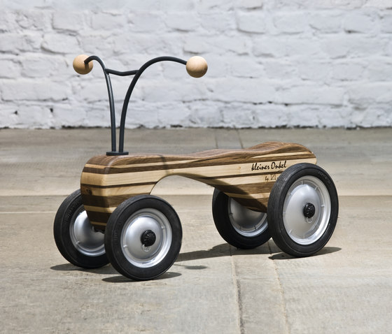 Kleiner Onkel Push-powered vehicle by Redwitz | Children's toys